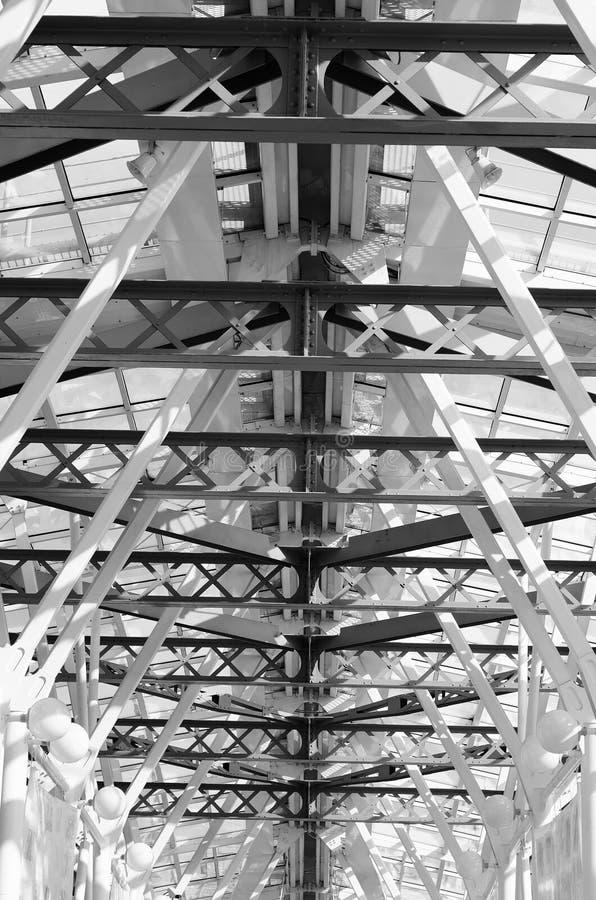 Footbridge стеклянного потолка стоковое изображение rf