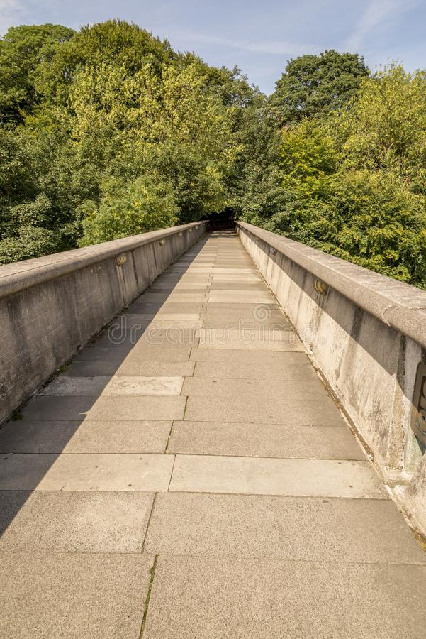 Footbridge Kingsgate - Дарем, Великобритания стоковая фотография rf