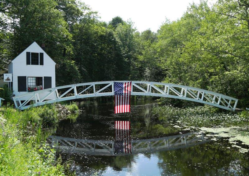 Footbridge w Somesville, Wspina się Pustynną wyspę, Maine obraz royalty free