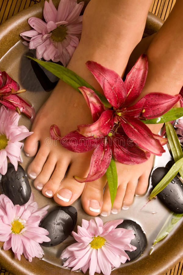 Free Footcare And Pampering Royalty Free Stock Photo - 10464415