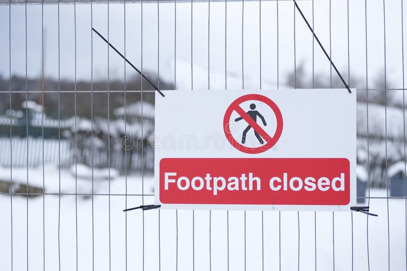 Footpath closed sign on fence at public country park royalty free stock images