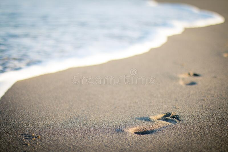 Footprints On The Beach Free Public Domain Cc0 Image