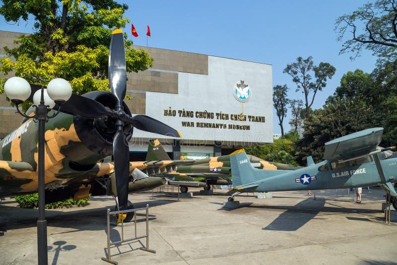 A FORÇA AÉREA de E.U. plana do exército perto do museu dos restos de Saigon capturou o dur fotografia de stock