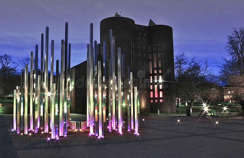 Forêt de sculpture légère la nuit photos libres de droits