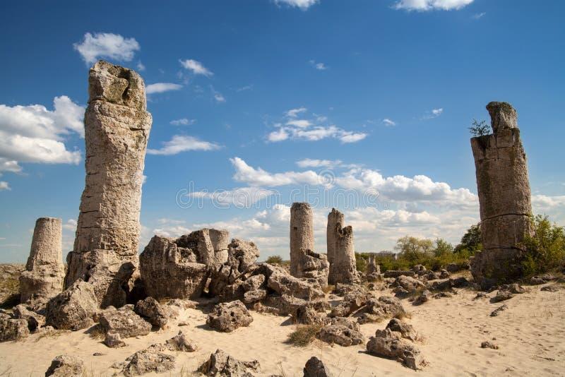 Forêt en pierre près de Varna, Bulgarie, phénomène de roche photo libre de droits