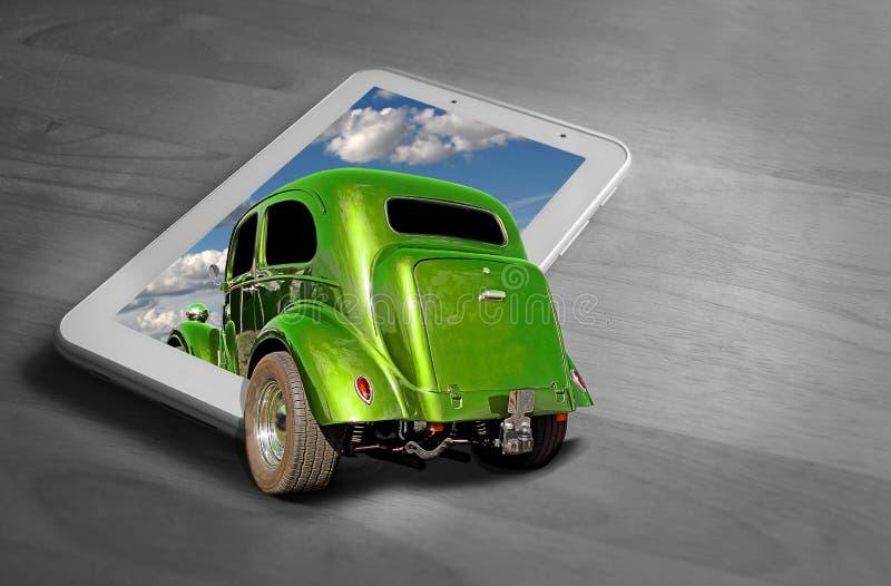 Fora da condução de carro clássica do vintage do quadro no tela de computador imagens de stock royalty free