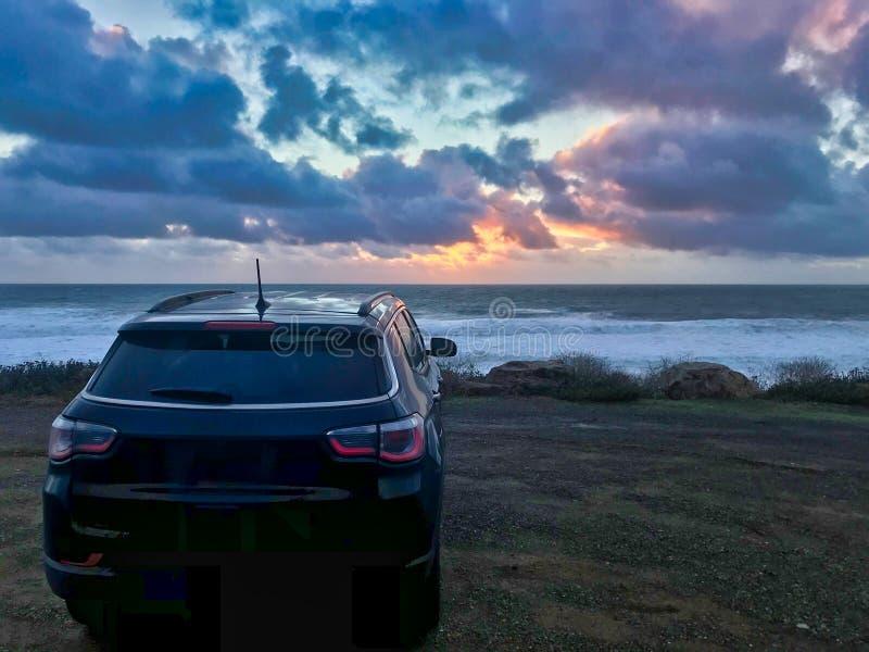 Fora do carro da estrada em Califórnia foto de stock