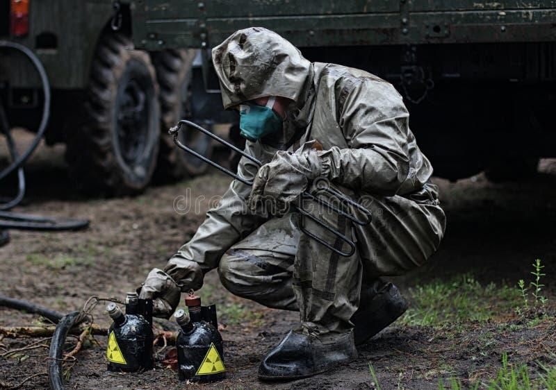 Forces chimiques dans l'action photos libres de droits