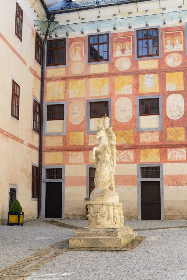 Forchtensteinkasteel, binnenwerf royalty-vrije stock foto
