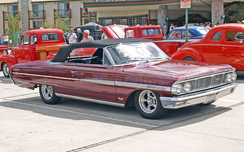 Ford 1964 Galaxie photographie stock libre de droits