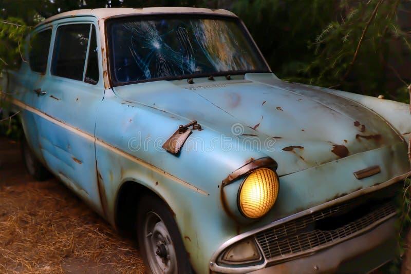 Ford Anglia azul clássico fotografia de stock