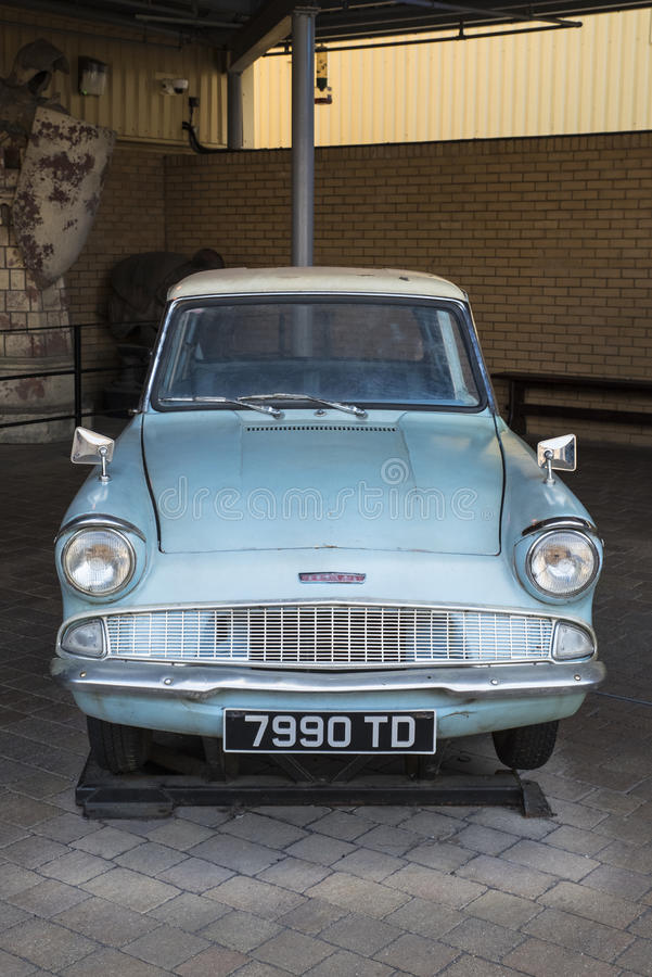 Ford Anglia Used en Harry Potter Movies imagenes de archivo