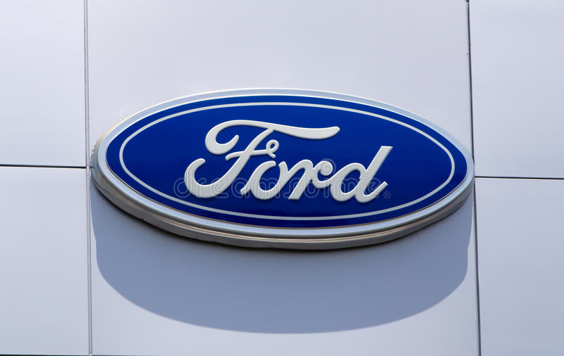 Ford Automobile Dealership Sign stockfotos