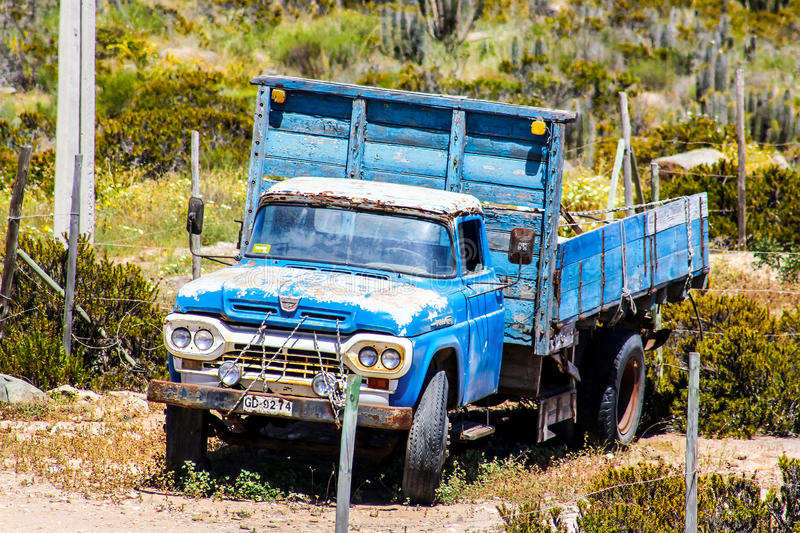 Ford F-series. ATACAMA, CHILE - NOVEMBER 19, 2015: Retro truck Ford F-series at the countryside stock photography