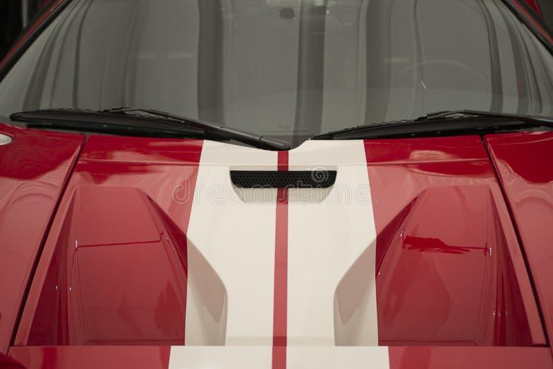 Η Ford GT40 είναι η πρώτη και μόνο αμερικανικό το αυτοκίνητο κατασκευαστών για να κερδίσει συνολικά στην προσδίδουσα γόητρο φυλή  στοκ εικόνες