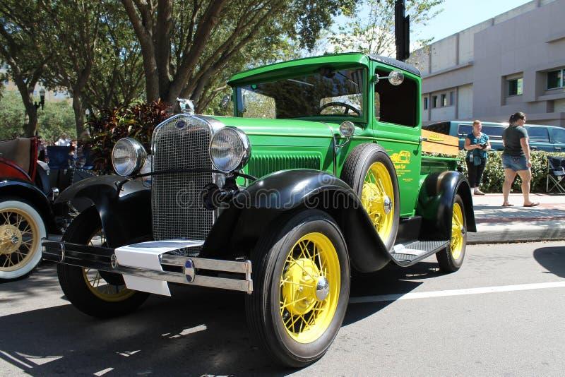 Ford Pickup Truck idoso na feira automóvel fotos de stock