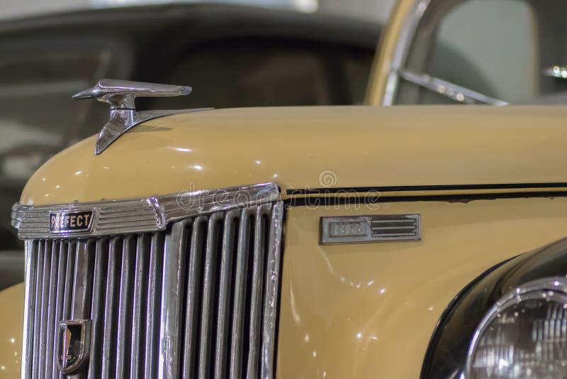 Ford Prefect 1952 retro tappningbil arkivbild