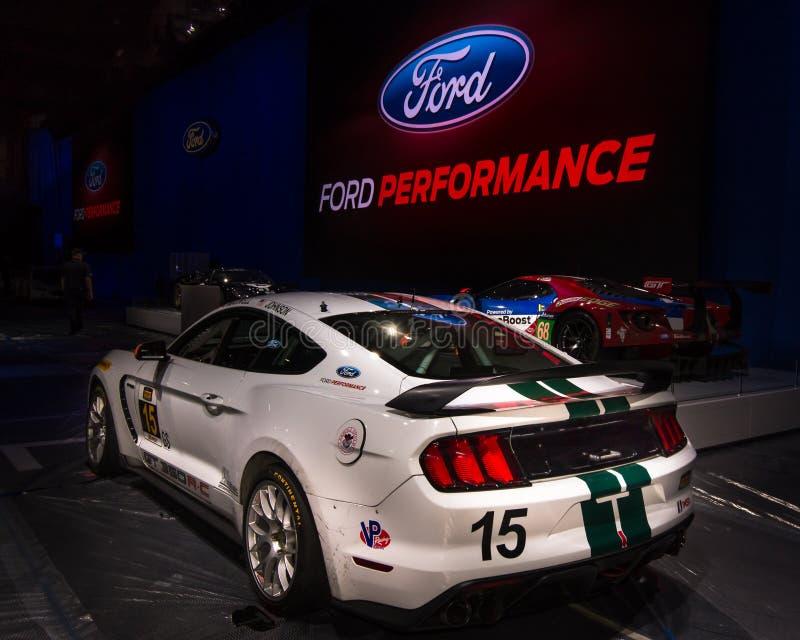 2016 Ford Shelby Mustang GT350 R-C Race Car bij SEMA stock afbeeldingen