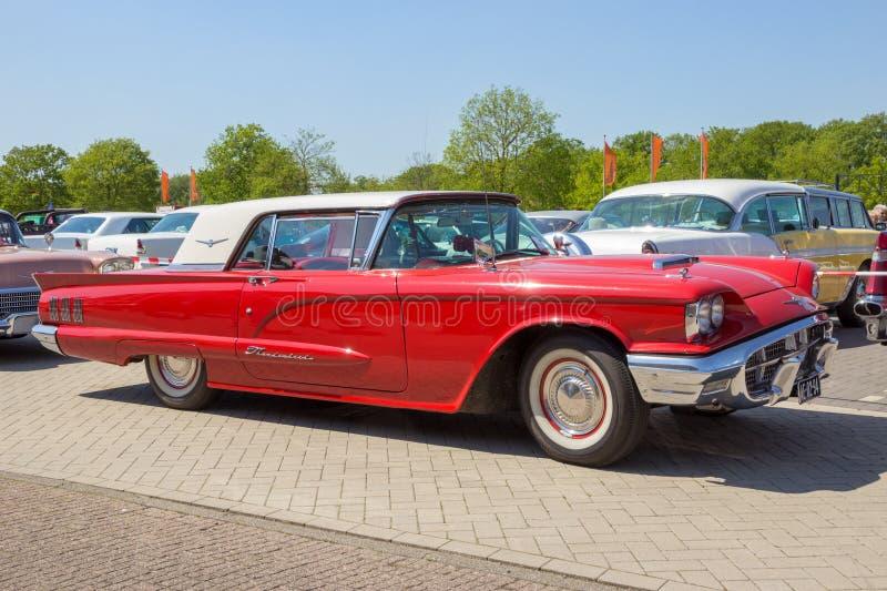 Ford Thunderbird-Weinleseauto 1960 stockbild