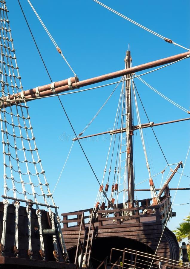 Foremast e cordame do navio fotos de stock