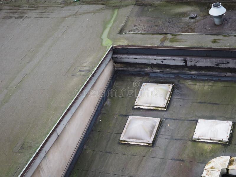 foremka na płaskim dachu fotografia stock