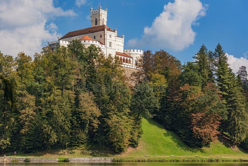 Foresta vicino al castello di Trakoscan in Croazia fotografia stock libera da diritti