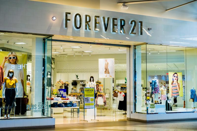Forever 21 store entrance at the Great Mall royalty free stock images
