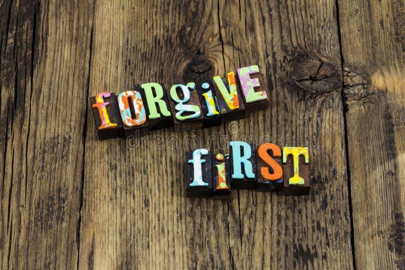 Forgive oublier se rappellent la première paix d'amour pour avancer photographie stock