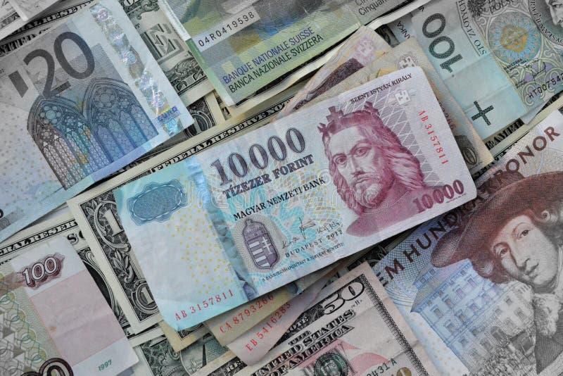 Forint hongroise contre d'autres devises photo libre de droits