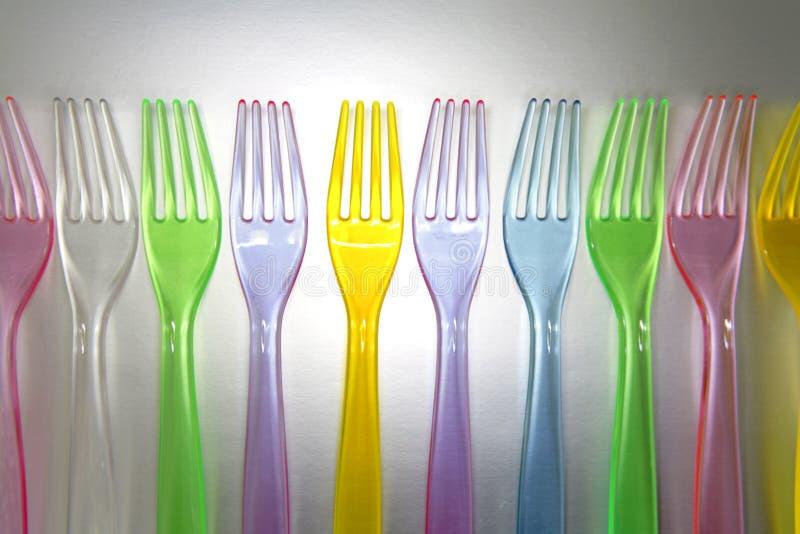 Forkes coloridas plásticas imagenes de archivo