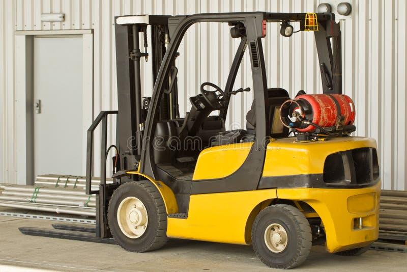 Forklift φορτηγό στοκ εικόνα με δικαίωμα ελεύθερης χρήσης