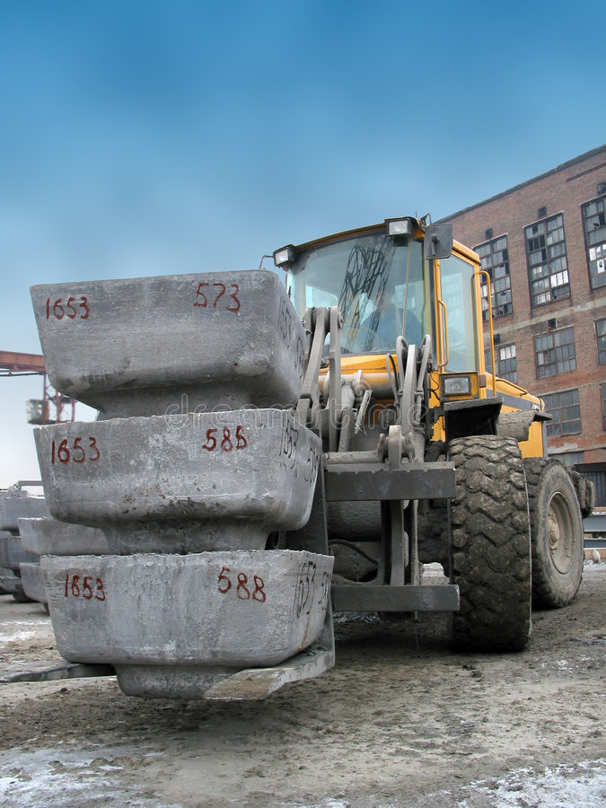 Forklift no trabalho fotografia de stock