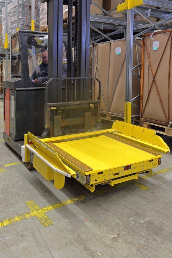 Forklift wahadłowiec zdjęcie stock