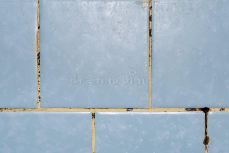 Form im Badezimmer lizenzfreie stockbilder