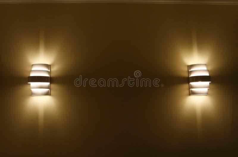 Form mit zwei Lampen stockfotografie
