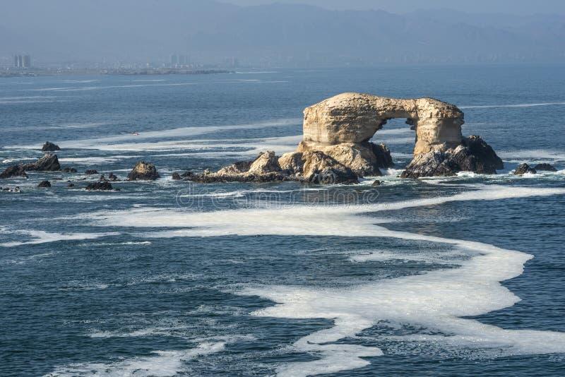 Formação de rocha de Portada, Antofagasta, o Chile fotografia de stock