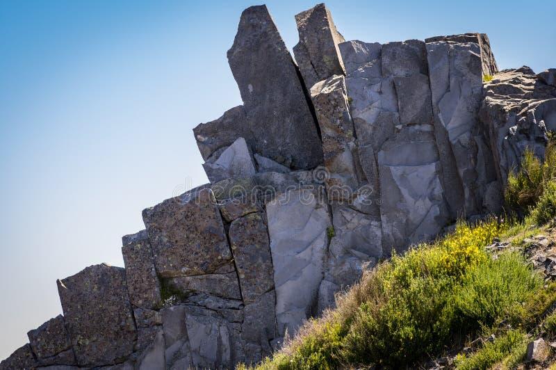 A formação de rocha em Pico faz Arieiro, Madeira, Portugal fotos de stock royalty free