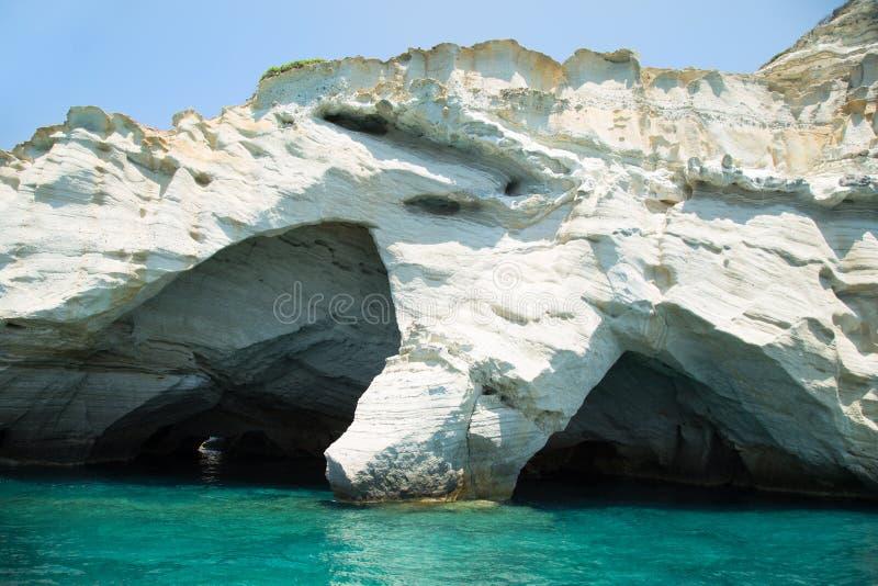 Formação de rocha de Kleftiko nos Milos em Grécia foto de stock