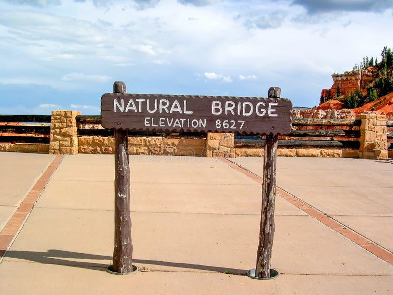 Formação de rocha natural da ponte em Bryce Canyon National Park, Utá, EUA imagem de stock