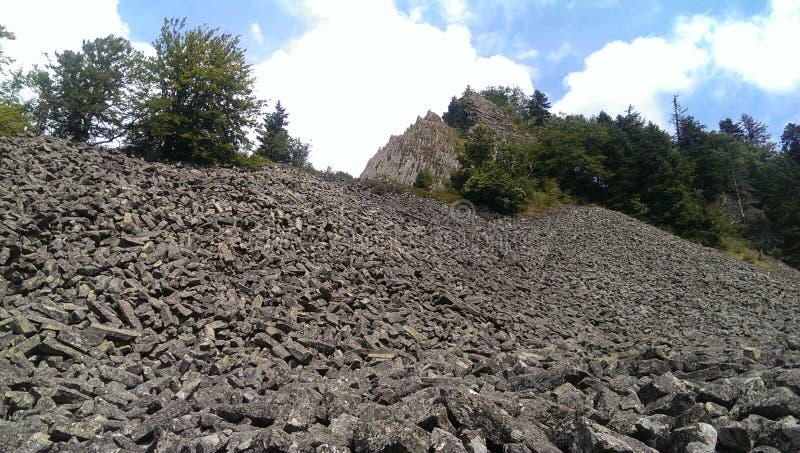 Formações de rocha do basalto fotografia de stock