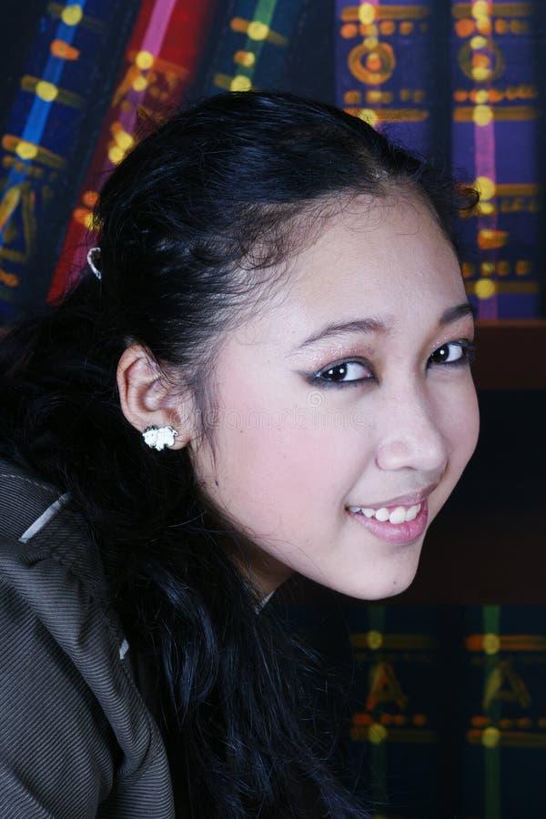 Forma adolescente da menina do escritório fotos de stock royalty free
