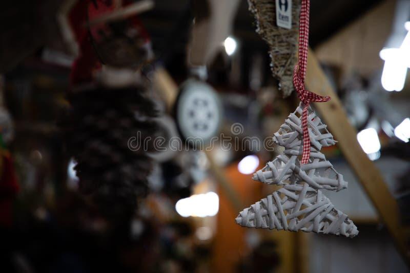 Forma da decoração da árvore de Natal imagens de stock royalty free