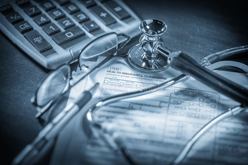 Forma de demanda del seguro médico imagen de archivo libre de regalías