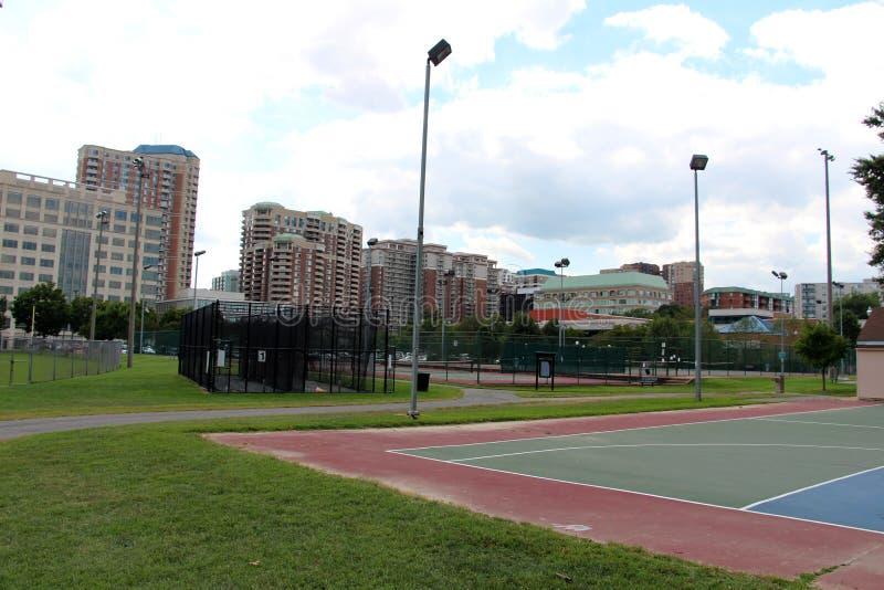 Download Forma De Vida Activa En La Ciudad Imagen de archivo - Imagen de actividad, actividades: 44855097