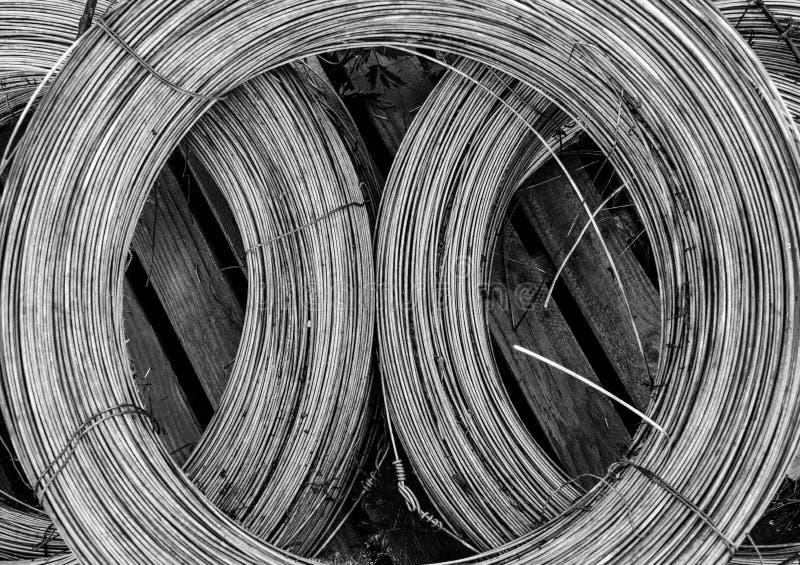 Forma del alambre de metal imagen de archivo libre de regalías