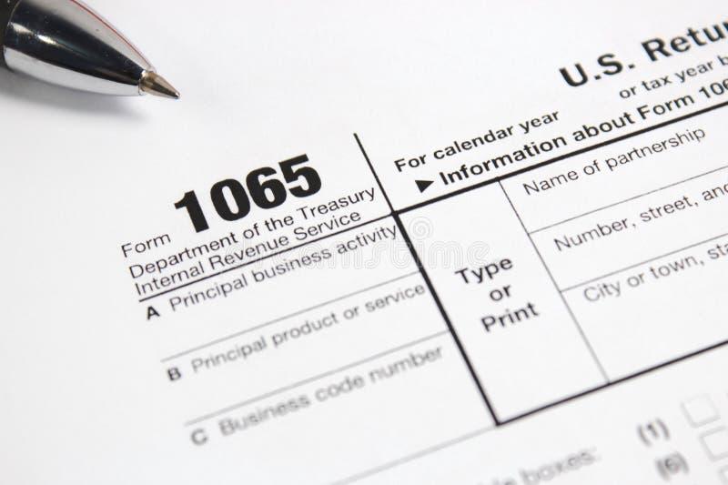 Forma 1065 di imposta degli Stati Uniti sulla tavola fotografia stock
