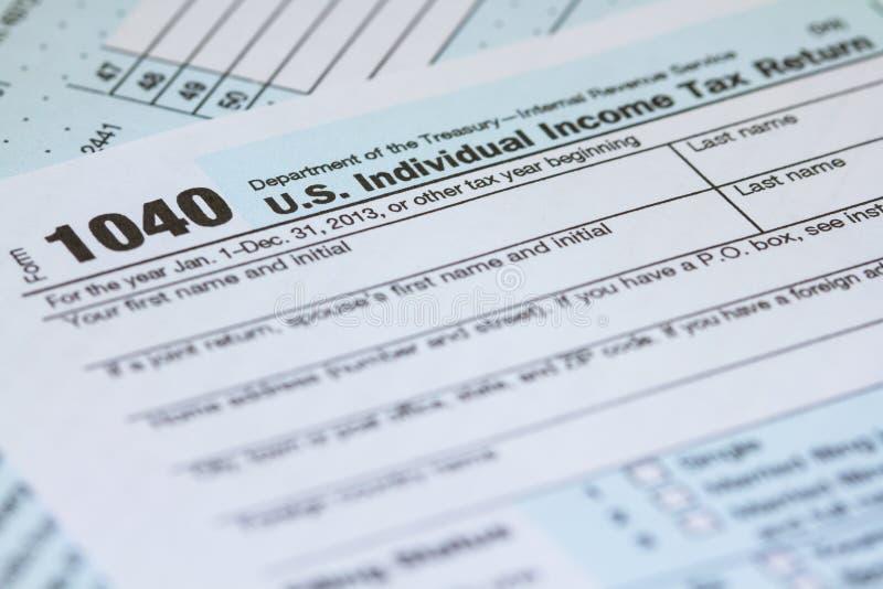 Forma 1040 di imposta di IRS di ritorno dell'imposta sul reddito delle persone fisiche dei 2013 Stati Uniti immagini stock libere da diritti
