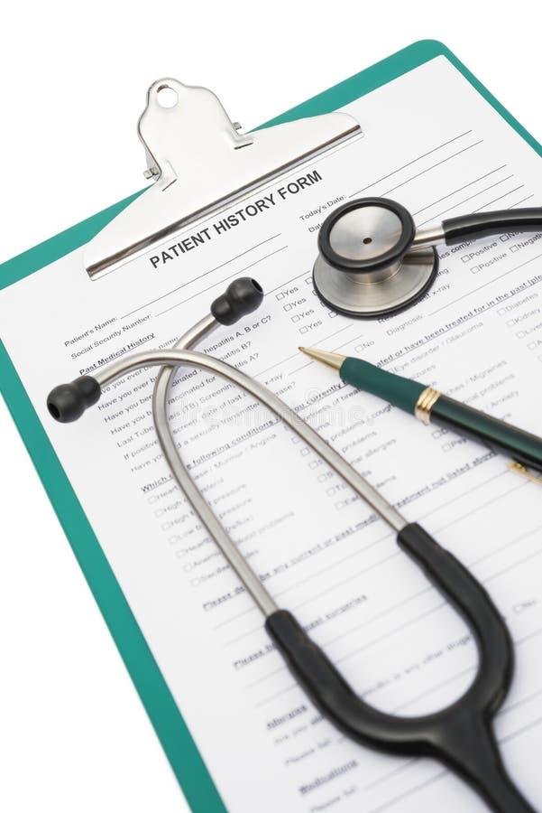 Forma e stetoscopio di storia del paziente con il percorso di ritaglio, medico fotografie stock libere da diritti