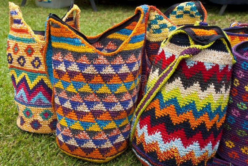 Forma - fazer crochê bolsas fotografia de stock royalty free