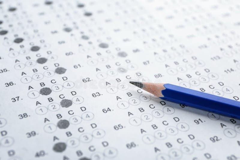Forma y lápiz del examen, foto de archivo